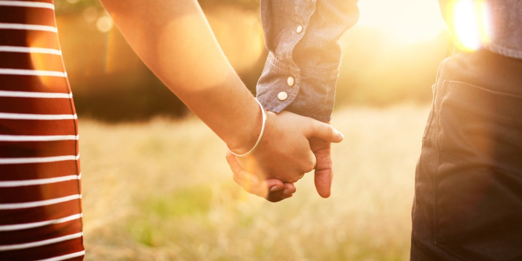 o-COUPLE-HOLDING-HANDS-facebook